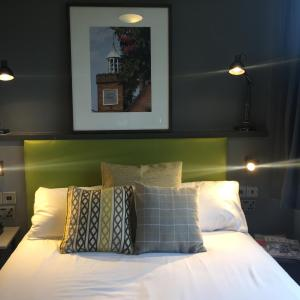 Hotel Pictures: Harben House, Milton Keynes