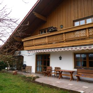 Hotelbilleder: Ferienhaus Lerche, Bad Birnbach