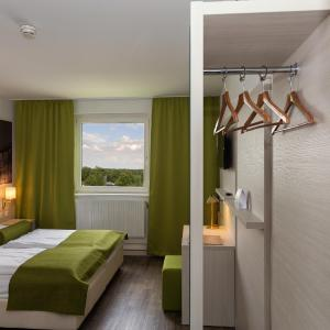 Hotel Pictures: Eurohotel Vienna Airport, Fischamend Dorf