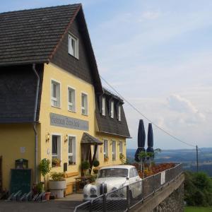 Hotel Pictures: Restaurant und Gasthaus Zur Burgschänke, Aremberg