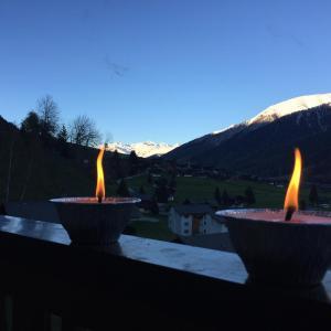 Hotel Pictures: Chalet Silvia, Ritzingen