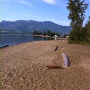 Hotel Pictures: Shuswap Escape Home near Lake, Anglemont