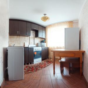 Zdjęcia hotelu: Omsk Sutki Apartments on Marshala Zhukova 148a, Omsk