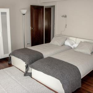 Hotel Pictures: Apartxibi, Bermeo