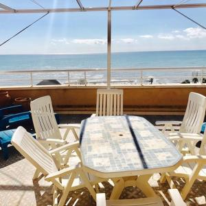 Hotel Pictures: Apartamento Deluxe Vista Playa, Cabanes