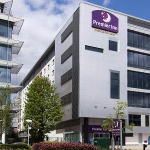 Hotel Pictures: Premier Inn London Ealing, Brentford
