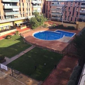 Hotel Pictures: Apartment Carrer dels Voluntaris, Terrassa