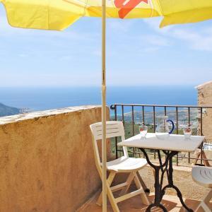 Hotel Pictures: Maison Marcelli 100S, Sant'Antonino
