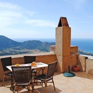 Hotel Pictures: Maison Marcelli 101S, Sant'Antonino
