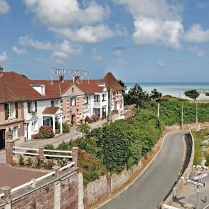 Hotel Pictures: Hotel Royal Albion, Mesnil-Val-Plage