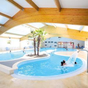 Hotel Pictures: Holiday Home Route De La Fouasse, Les Mathes
