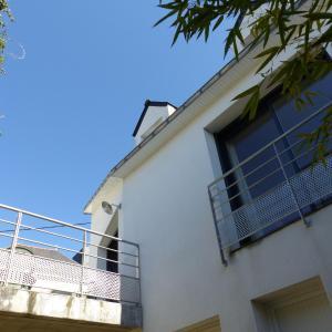 Hotel Pictures: Holiday Home Rue de Cariel, Séné