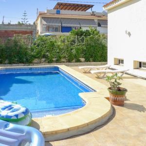 Hotel Pictures: Villa Colari, Casas de Torrat