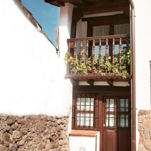 Hotel Pictures: Holiday home Plaza de Extremadura, Cabezuela del Valle