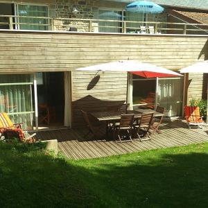 Hotel Pictures: Apartment Route de la Mer Ronthon 1, Ronthon