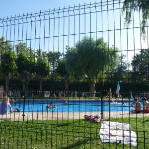 Hotel Pictures: Apartment Urbanizacion Parquesierra, Collado-Villalba