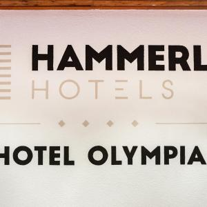 Hotel Pictures: Hotel Olympia, Axams