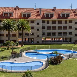 Hotel Pictures: Apartamentos La Toja, Isla de la Toja