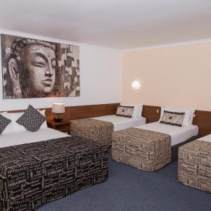 Hotel Pictures: Albert Court Motel, Rockhampton