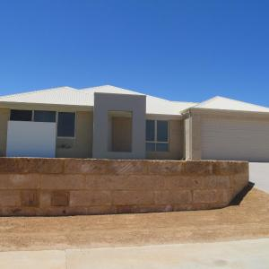 Hotelfoto's: 5 Star Luxury Beachfront Geraldton Sleeps 12 + Cot, Drummond Cove