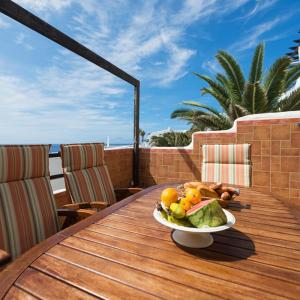 Hotel Pictures: APARTMENT IN NICE AND RELAX AREA GC19, Gáldar