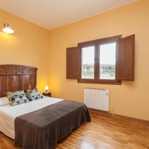 Hotel Pictures: Apartamento Olivera, Granollers