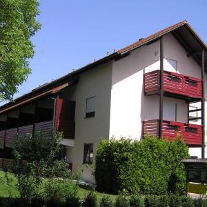 Hotelbilleder: Landhaus Vogelweide - 2 Zimmer mit Balkon, Bad Füssing