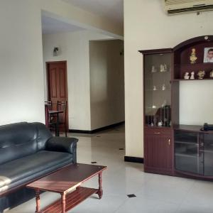 Hotel Pictures: Roshini Serviced Apartments, Chennai