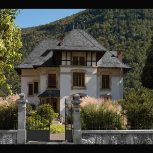 Hotel Pictures: Villa de Maître, Martigny-Ville