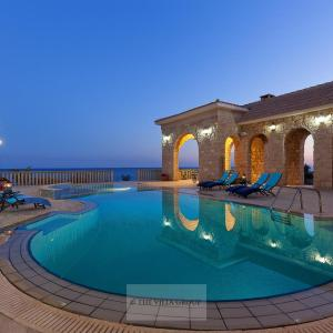 Hotel Pictures: Villa 490420, Mazotos