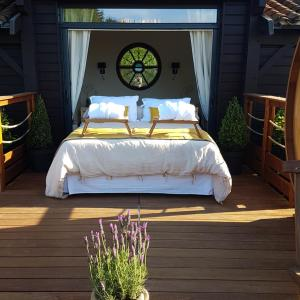 Hotel Pictures: Cabane Spa Sauna, Ville-sur-Jarnioux