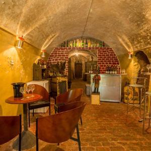 Hotel Pictures: Chambres d'hôtes - Domaine Gigou, La Chartre-sur-le-Loir