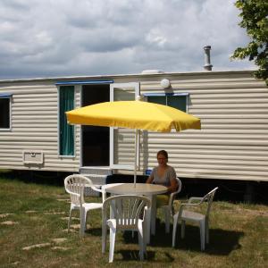 Hotel Pictures: Camping La Coccinelle, Blot-l'Église