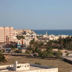 Ţāqah 3 فنادق