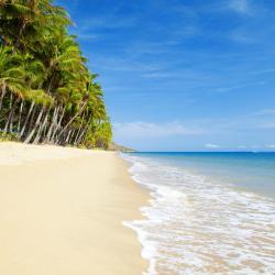 شاطئ ترينيتي 74 فندق