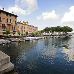 Desenzano del Garda 567 khách sạn