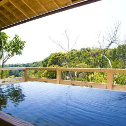 Atami 102 hoteles