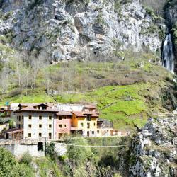 Mejores hoteles y hospedajes cerca de Ponga, España