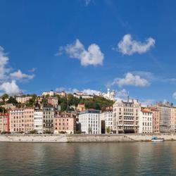 Lyon 1113 hotéis