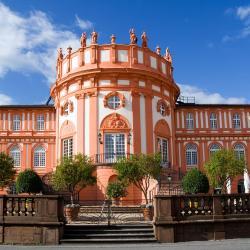 Wiesbaden 105 hotéis