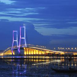 Surabaya 617 khách sạn