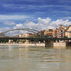 העיפו מבט על הערים הפופולריות האלה ב-Delta de lEbre