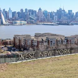 West New York 20 hotéis