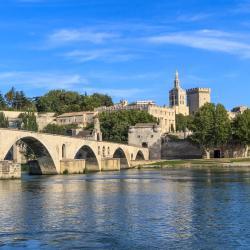 Avignon 587 hotéis