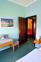 Sobe Zimmer Rooms Živčić