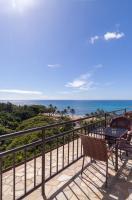 Lovely Quiet Studio | Waikiki Grand Hotel | Steps to Beach!