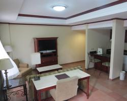 Hotel & Suites El Picacho