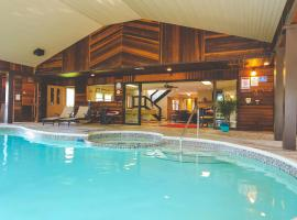 The Lodge at Beaver Lake B&B