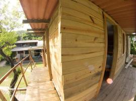 Hostel e Camping Costa Brava, Ilha do Mel
