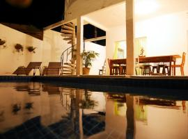 Casa do Sol - Pousada Share House